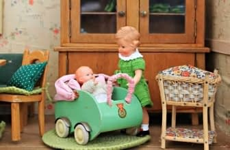 Top 10 Pretty Best Dollhouse Reviewed